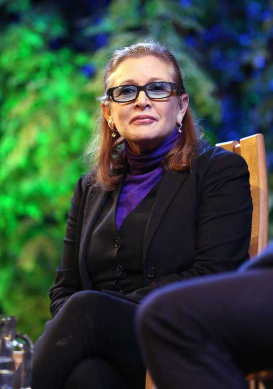 carrie-fisher-on-princess-leia-shes-like-a-superhero-2